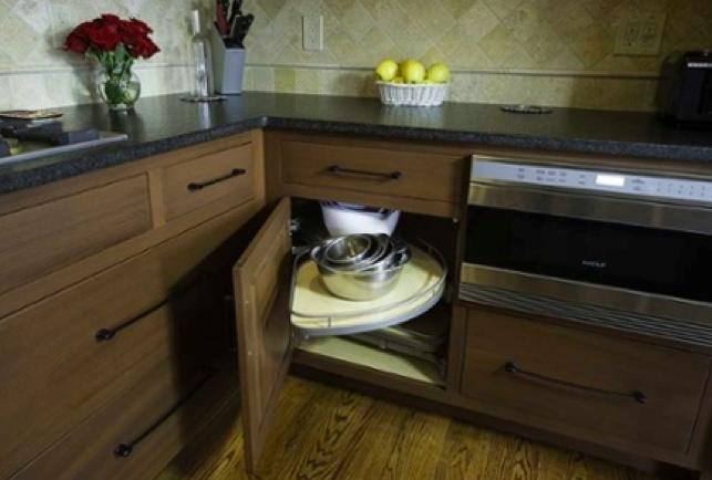 Kitchen planning lazy susan